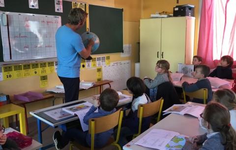 Les élève bilingues découvrent la Route du Rhum avec Yann Elies