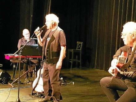 MUZILLAC - Concert. Gilles Servat a fait salle comble