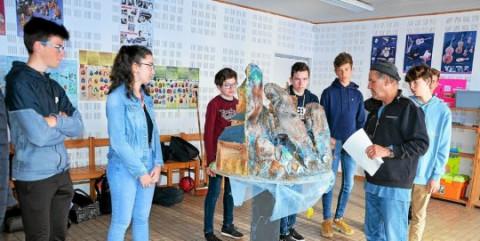 LANNILIS -  Collège Saint-Antoine. Les bretonnants comédiens