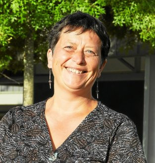 THEIX-NOYALO - Notre-Dame La Blanche. Anne-Gaëlle Le Floch prend la direction du collège