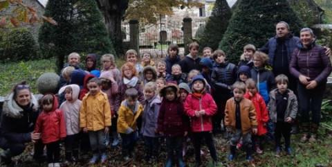 PERROS-GUIREC - École Saint-Yves. Une sortie avec les correspondants
