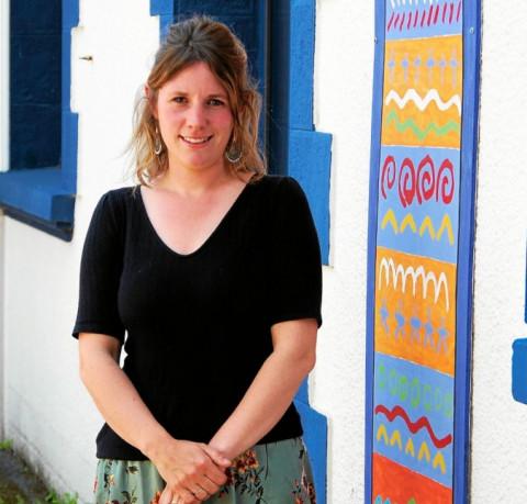 PLOUEDERN - Kristell Calvez, nouvelle enseignante en classe bilingue français-breton
