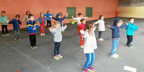 PLABENNEC - Flash mob à l'école Sainte-Anne