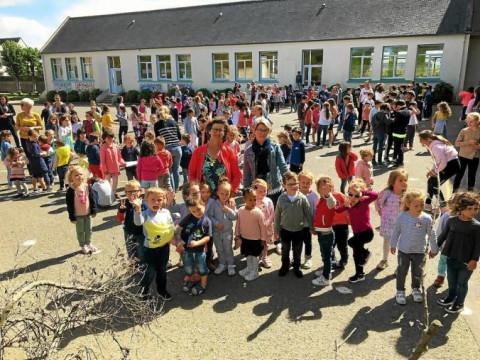 PLOUDALMEZEAU - École Sainte-Anne : l'heure de la retraite pour Anne Apprioual
