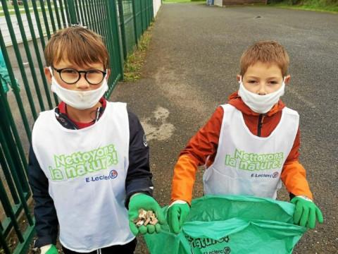 PLOUGASTEL-DAOULAS - À l'école Saint-Pierre, les élèves de CM1 nettoient la nature