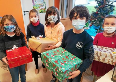 QUIMPER - L'élan de solidarité des écoliers pour Noël