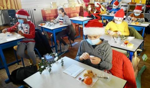 PLOUESCAT - Un goûter de Noël comme autrefois à l'école Notre-Dame des Victoires