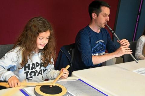 LANNION - Ils réinventent la tradition bretonne : Les jeunes sonneurs ont la Klas au collège Saint-Jo
